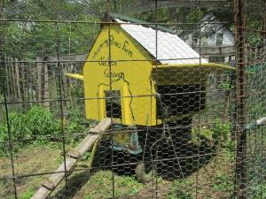 chicken caravan and minnie bisbee 011